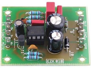 EZK KMJ7233SX Integrovaný koncový zesilovač 1,9 W