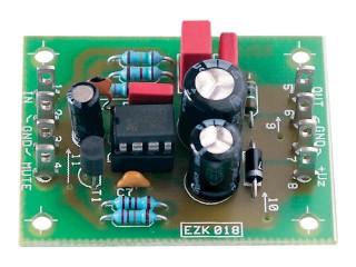 Integrovaný koncový zesilovač 1,9 W KMJ7233HX