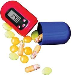 Digitální zásobník na léky s alarmem