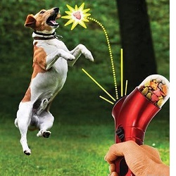 Vystřelovák na granule - hračka se psy